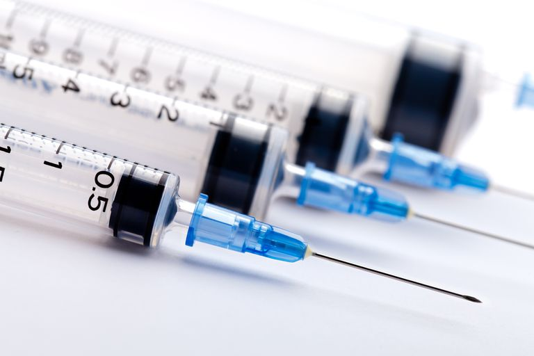 Syringes for anabolic and androgenic steroids